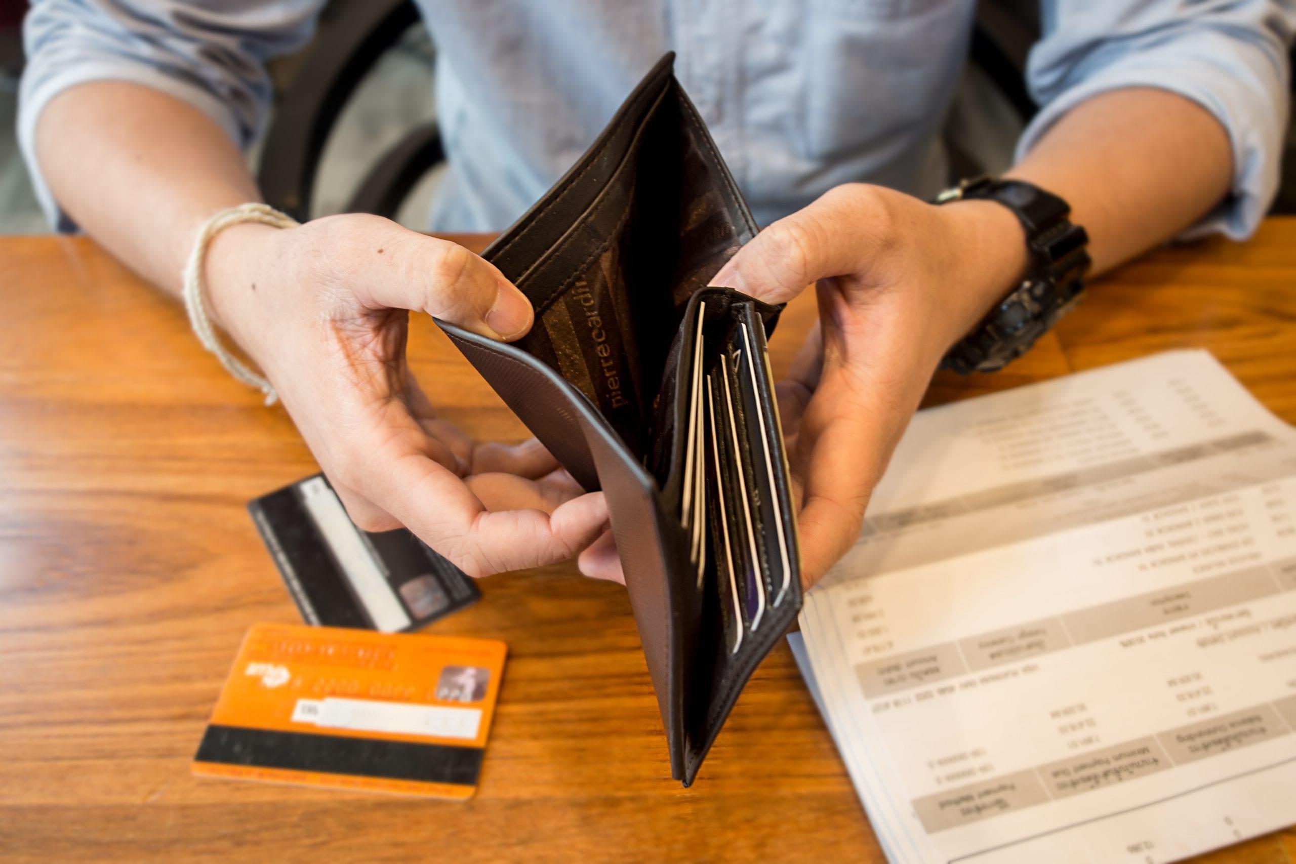 5 fatos para saber hoje: pedidos de falência sobem 30%; Tesouro ...