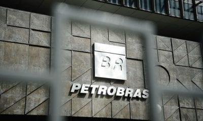 Petrobras-é-hora-de-comprar