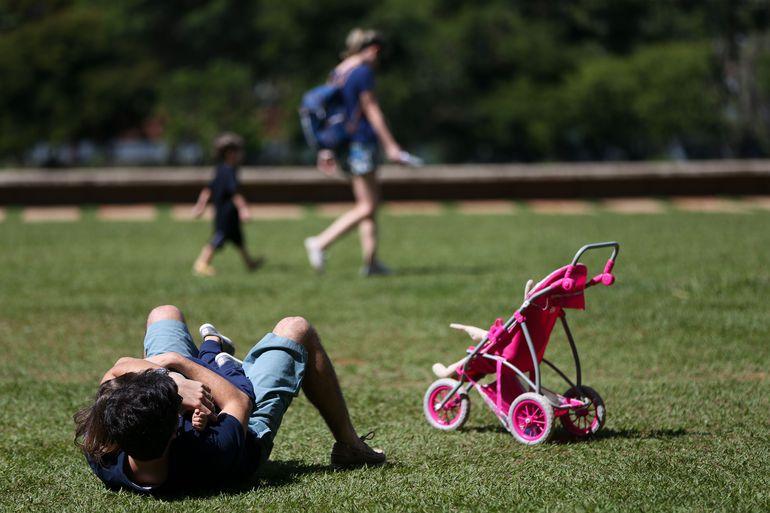 Criança brincando em Brasília. Foto: Arquivo/Marcelo Camargo/Agência Brasil