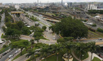 Vista aérea de fábrica da CSN em Volta Redonda (RJ)