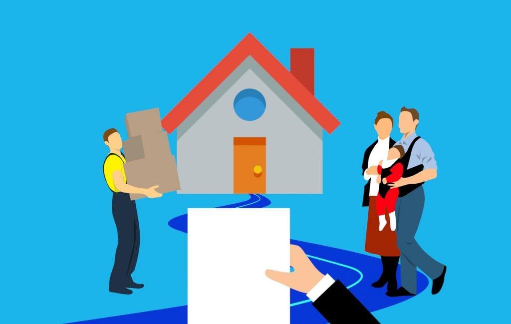 Desenho ilustrativo de uma casa e na frente dela, um casal com um bebê no colo e um homem segurando caixas para mudanças.