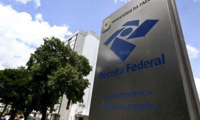 Fachada de sede da Receita Federal