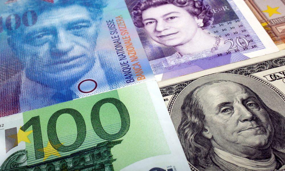 Reservas internacionais brasileiras sobem US$ 15 bi em agosto