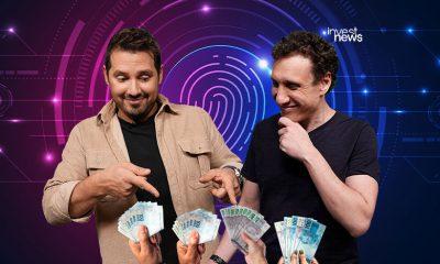 samy e dony surpresos com mãos oferecendo dinheiro